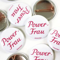 Button Powerfrau